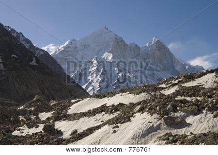 Bhagirathi Parbat and Gangotri glacier