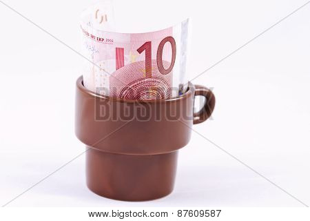 10 Euro tip the waiter left
