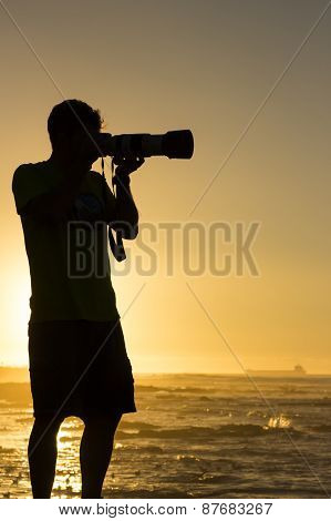 Silhouetted Seascape Photographer