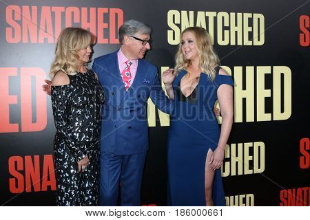 LOS ANGELES - MAY 10:  Goldie Hawn, Paul Feig, Amy Schumer at the