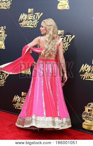 LOS ANGELES - MAY 7:  Farrah Abraham at the MTV Movie and Television Awards on the Shrine Auditorium on May 7, 2017 in Los Angeles, CA