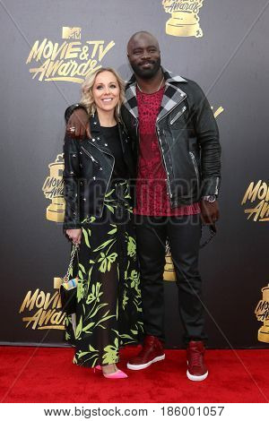 LOS ANGELES - MAY 7:  Iva Colter, Mike Colter at the MTV Movie and Television Awards on the Shrine Auditorium on May 7, 2017 in Los Angeles, CA