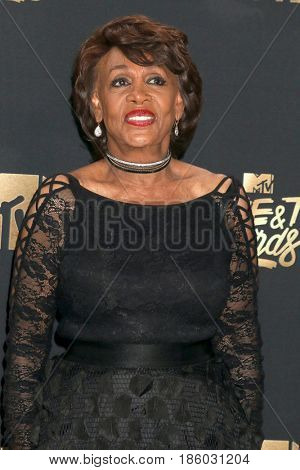 LOS ANGELES - MAY 7:  Maxine Waters at the MTV Movie and Television Awards on the Shrine Auditorium on May 7, 2017 in Los Angeles, CA