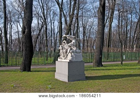 SAINT - PETERSBURG, RUSSIA - MAY 11, 2017: Cupid and Psyche Sculpture Group in The Summer Garden. The Summer Garden - park ensemble, founded by Peter the Great