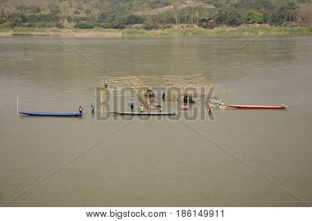 Thai Worker People Demolition Wood Structure Of Floating Restaurant In Mekong River Because Flood At