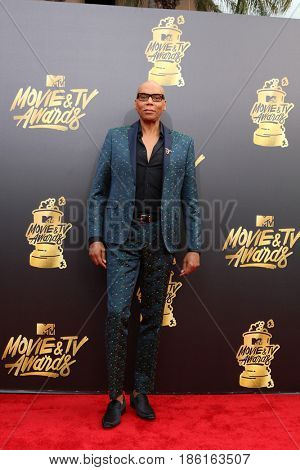 LOS ANGELES - MAY 7:  RuPaul at the MTV Movie and Television Awards on the Shrine Auditorium on May 7, 2017 in Los Angeles, CA