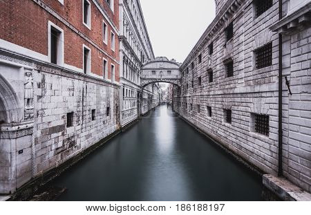 Bridge of Sighs, Narrow Canals and Historic Architecture in Venice Italy