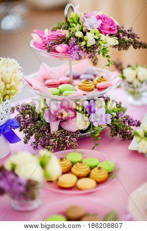 modern fresh and tasty wedding wedding sweet table