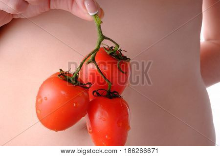 Fetus of tomatoes notable of a hight gustatory and dietary qualitys.
