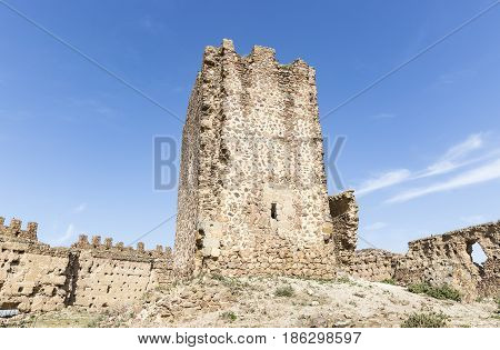 ruins of the Tower of Homage inside the Castle in Almonacid de Toledo, province of Toledo, Castilla La Mancha, Spain