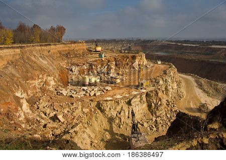Work on limestone mining in a quarry