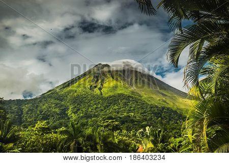 volcano el arenal costa rica nature amazing