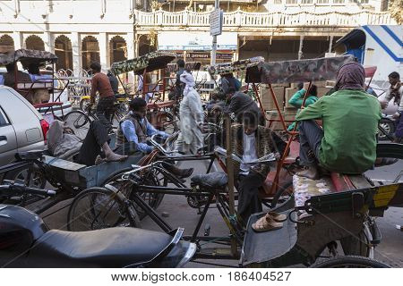 Rickshaw Rest Time