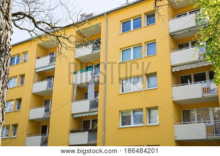 tenement house in Germany, family, renting, house
