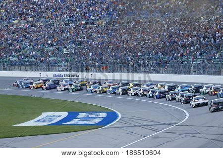 May 13, 2017 - Kansas City, Kansas, USA: Ryan Blaney (21) leads the field to green to start the Go Bowling 400 at Kansas Speedway.