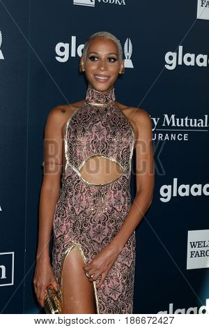 LOS ANGELES - APR 1:  Isis King at the 28th Annual GLAAD Media Awards at Beverly Hilton Hotel on April 1, 2017 in Beverly Hills, CA