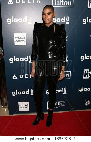 LOS ANGELES - APR 1:  EJ Johnson at the 28th Annual GLAAD Media Awards at Beverly Hilton Hotel on April 1, 2017 in Beverly Hills, CA