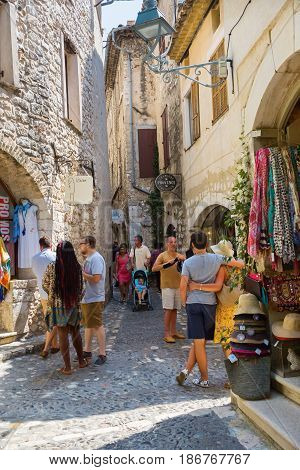 Shopping Alley In Saint-paul-de-vence, France
