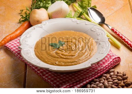 mixed vegetables cream soup
