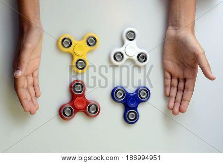 Hand Spinner, Fidgeting Hand Toy