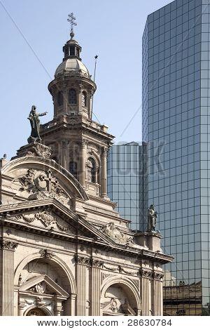 building in Plaza de armas