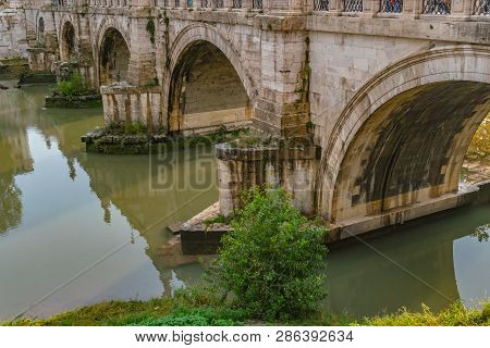 Ponte Santangelo, Once The Aelian Bridge Or Pons Aelius, Meaning The Bridge Of Hadrian, Is A Roman P