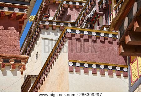 Architecture Details Of The Songzanlin Monastery, Also Known As The Ganden Sumtseling Monastery, The