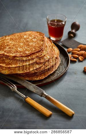 Crepes with maple sirup