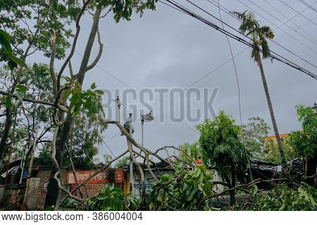 Howrah, West Bengal, India - 21st May 2020 : A Devastated Shop , Destroyed By Super Cyclone Amphan W