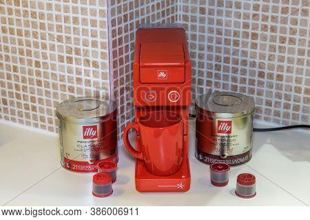 Thessaloniki, Greece - September 13 2020: Automatic Illy Iperespresso Machine To Create Espresso Wit
