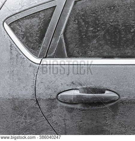 Icy Car. Frozen In The Ice Black Car. Hoarfrost. Icy Accumulation. Winter Season. Ideal For Concepts