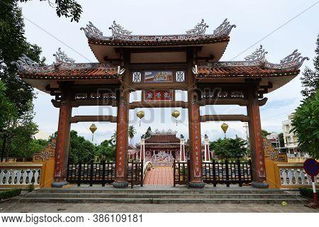 Hoi An, Vietnam, September 20, 2020: Entrance Gate To The Van Mieu Confucius Temple Compound. Hoi An