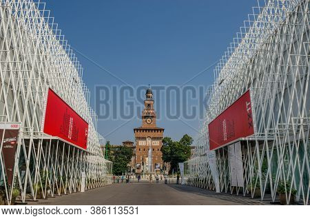 Milan/italy-july 10, 2016: Modern Contemporary Building And Old Sforza Castle, Built As A Fortress D