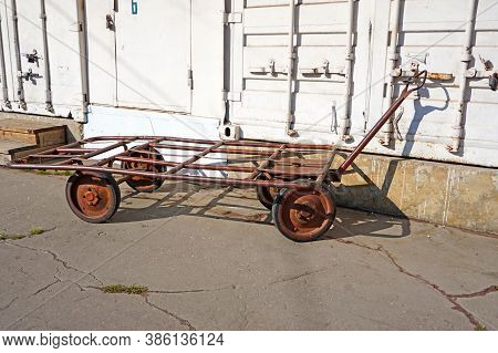 Old 4 Wheels Metal Hand Cart, Hand Truck, Hand Trolley. Three Wheels Barrow
