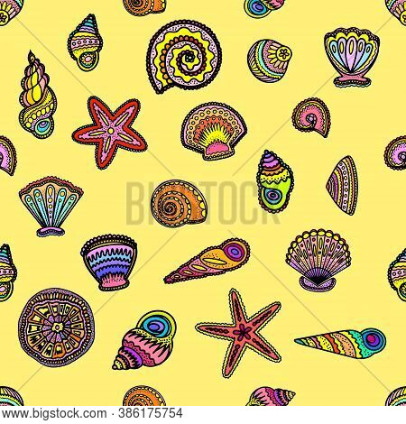 Bright Decorative Sea Shells Pattern - Vector Illustration. Stylized Black Outlines Of Sea Shells Wi