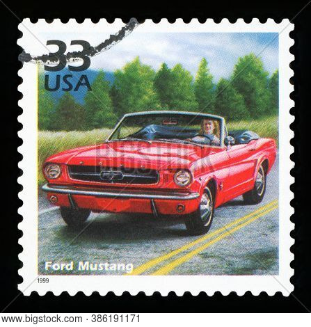 United States Of America - Circa 1999: Stamp Printed In Usa Dedicated To Celebrate The Century 1960s