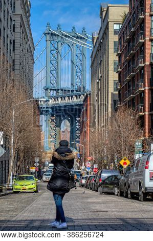 USA, New York 1.14.2015 , Manhattan Bridge connecting Manhattan to Brooklyn since 1909