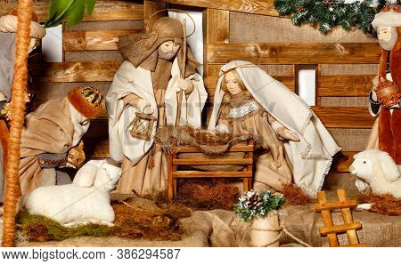 Puppet Composition Of The Nativity Of Christ With The Jesus, Virgin Mary, Joseph, A Manger, Straw An