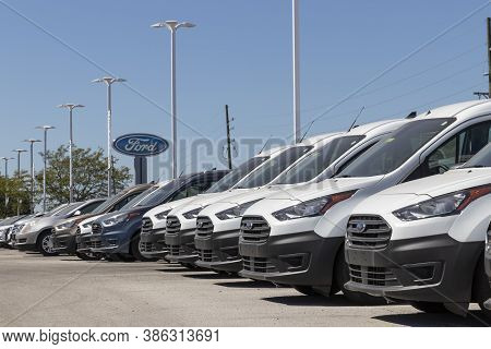 Plainfield - Circa September 2020: Ford Transit Display At A Dealership. Ford Sells Products Under T