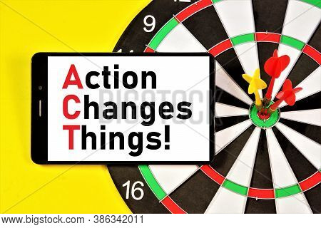 Action Changes Things. A Widget For Displaying Text Messages On The Background Of The Target Darts.