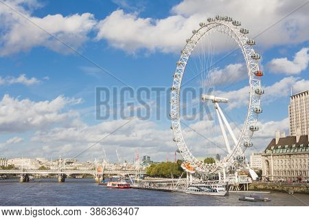 London, Uk - October, 13, 2014: Cityscape With The Famous London Eye In London, Uk