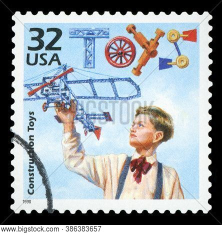 United States Of America - Circa 1998: A Stamp Printed In Usa Shows Construction Toys, Series Celebr