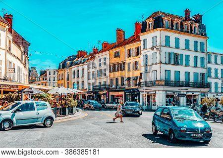 Fontainebleau, France - July 09, 2016 : Suburbs Of Paris - Village (city) Fontainebleau,where Is Res