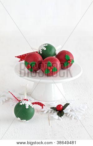 Cake Pops For Christmas