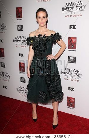 """LOS ANGELES - OCT 13:  Sarah Paulson arrives at the """"American Horror Story: Asylum"""" Premiere Screening at Paramount Theater on October 13, 2012 in Los Angeles, CA"""