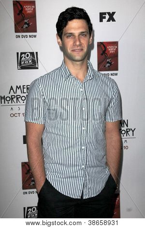 """LOS ANGELES - OCT 13:  Justin Bartha arrives at the """"American Horror Story: Asylum"""" Premiere Screening at Paramount Theater on October 13, 2012 in Los Angeles, CA"""