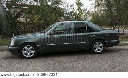 Kazakhstan, Ust-kamenogorsk - 24 August, 2020. Car Mercedes-benz W124 E-class. Old German Car.