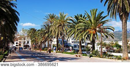 Nerja, Spain - March 19, 2008 - View Of The Pedestrianised Top Of The Balcony Of Europe (balcon De E