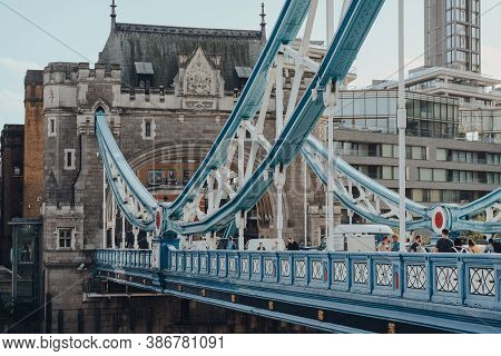 London, Uk - August 25, 2020: People Walking On Tower Bridge, A Famous Tourist Attraction In London