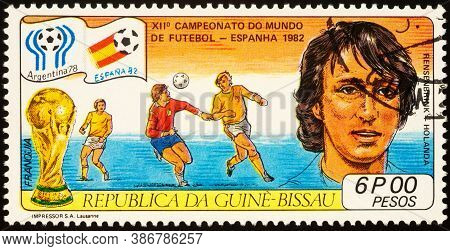 Moscow, Russia - September 22, 2020: Stamp Printed In Guinea-bissau Shows Portrait Of Dutch Football